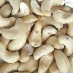 Органические целые «сырые» орехи кешью